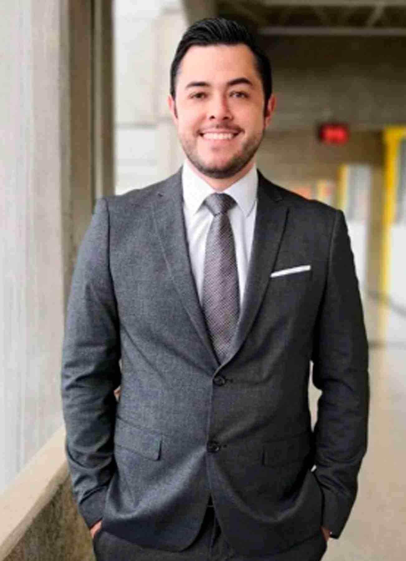 Dr. Diego Ramirez